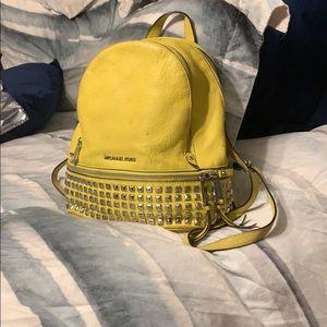 Micheal kors yellow knapsack